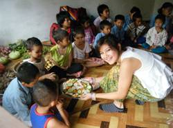 Rita shows the kids the delicious food she has cooked for them